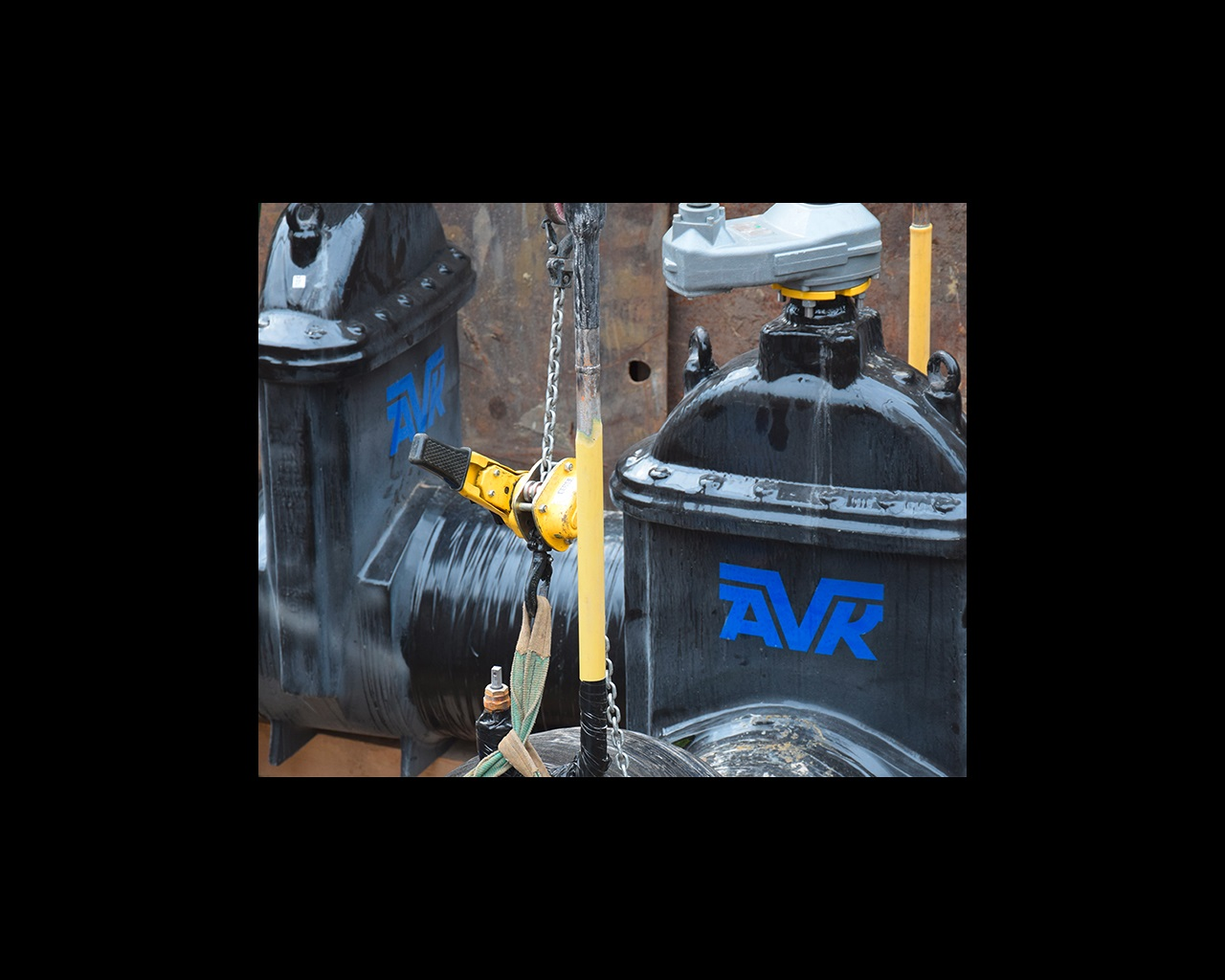 AVK gate valve for gas distribution installed on new gas pipe in Antwerp, Belgium