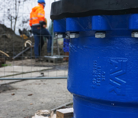 Supa Maxi™ tensile couplings forinstallation at wastewater pipe