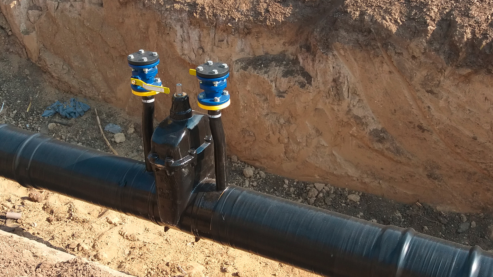 AVK gate valve for gas with purge points installed in Brno, Czech Republic