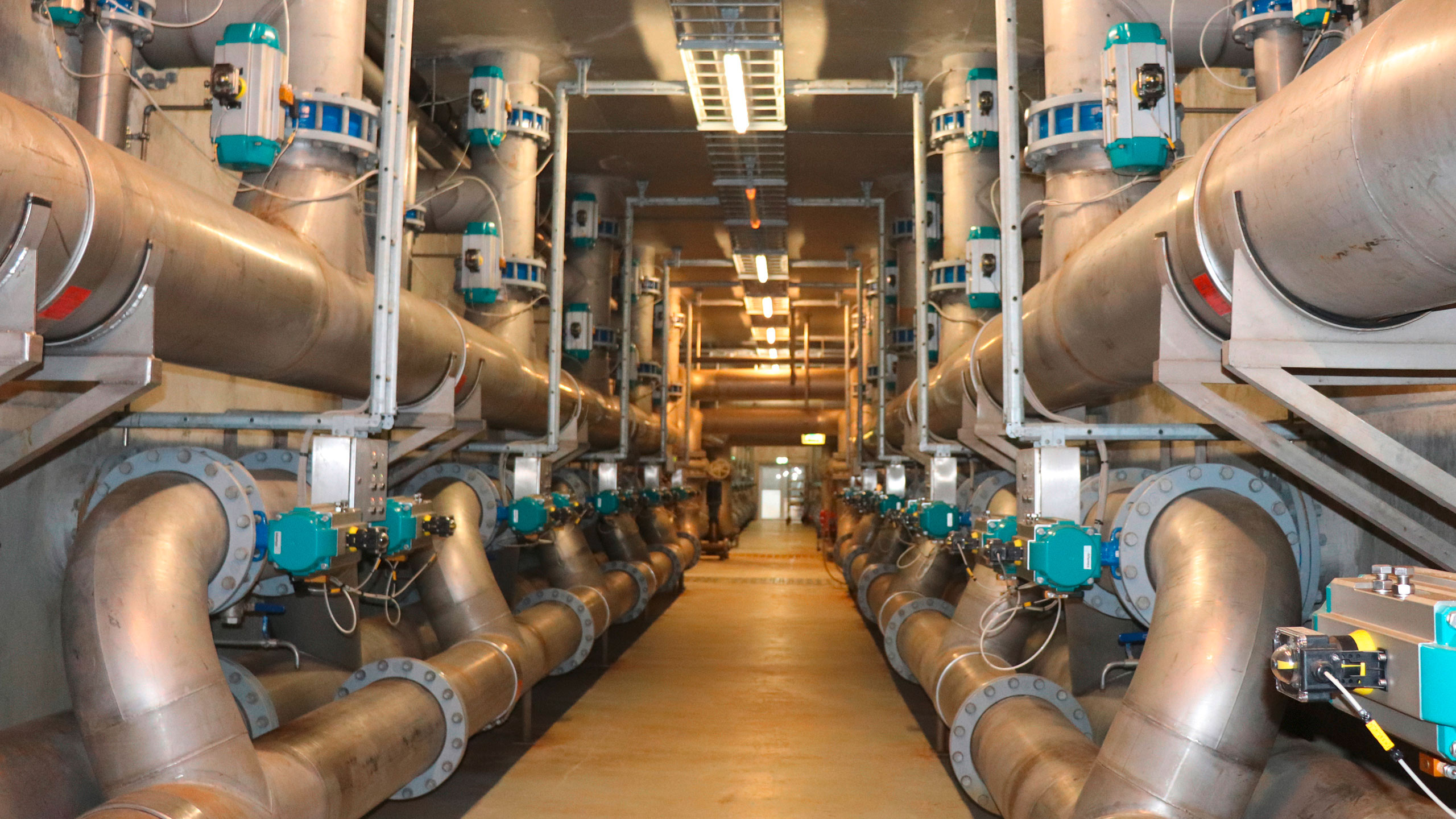 AVK butterflyv valves with double-acting pneumatic actuator at Herning Wastewater Treatment Plant