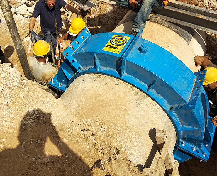 Mounted hydro fast coupling and repair clamp in Beirut