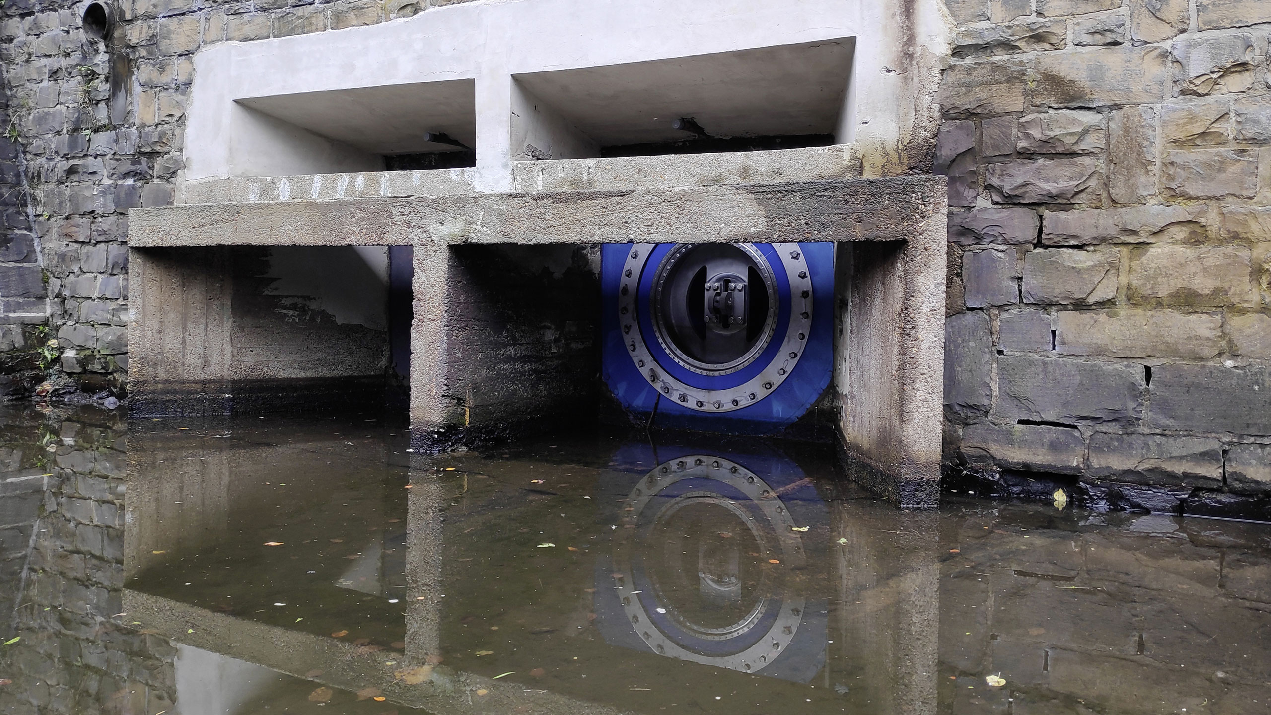 AVK needle valve for base drainage in dam, installed in Germany