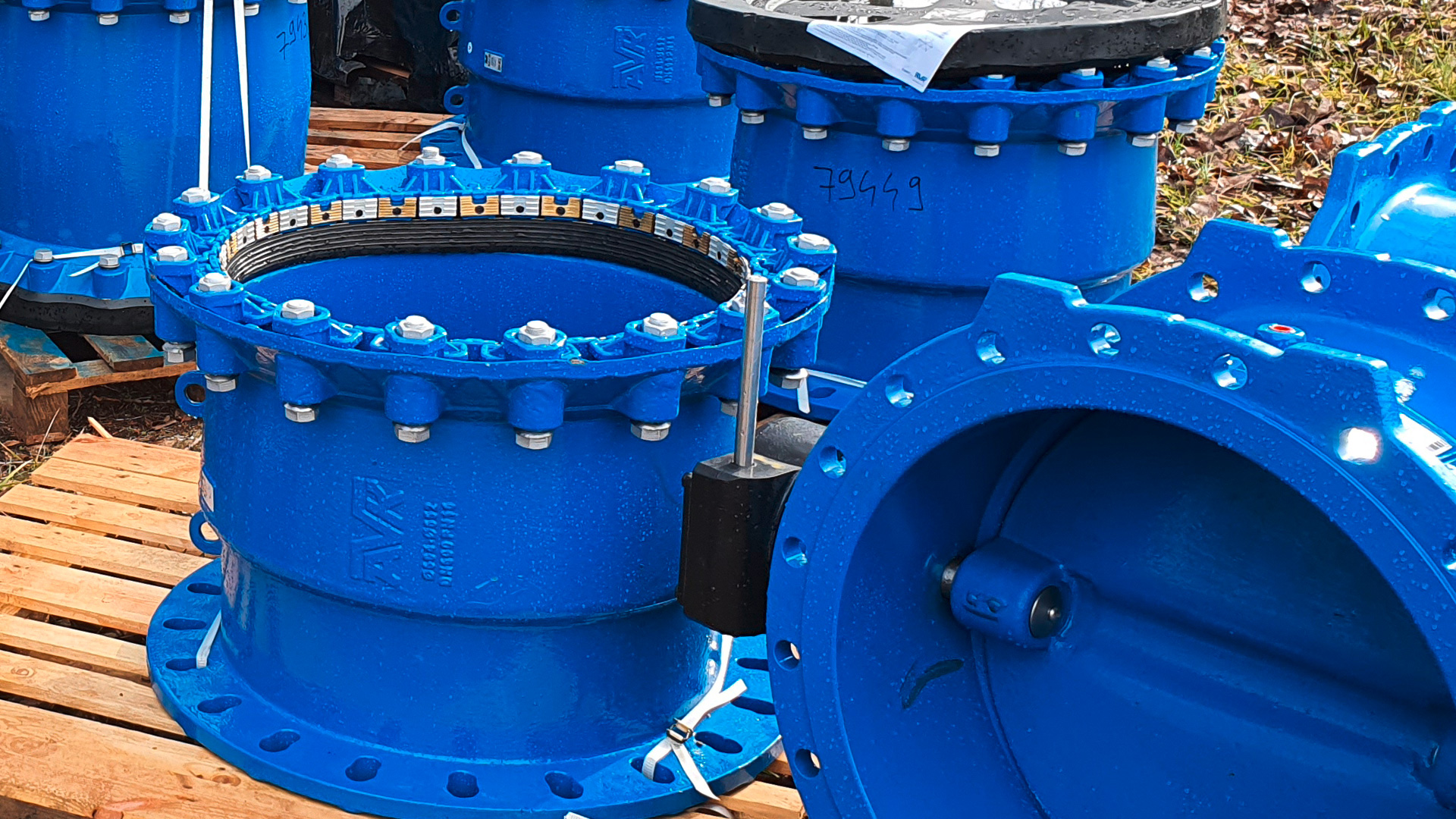 AVK products delivered to water transmission pipeline reconstruction project